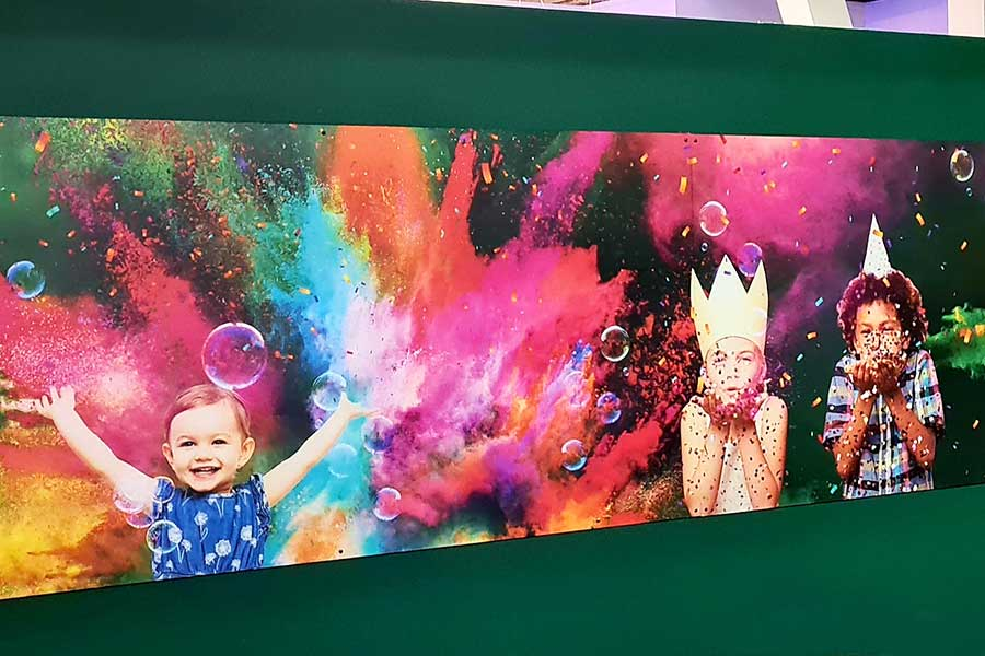 Children at play vinyl wall graphics printed for Kidspace Romford by Bluedot Display